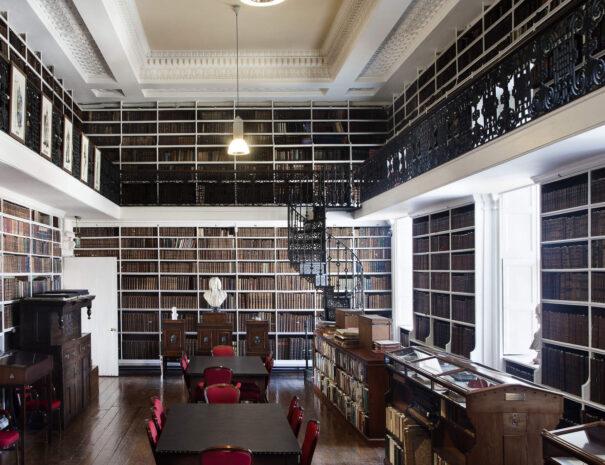 Armagh Robinsnon Library_web-size_2500x1200px